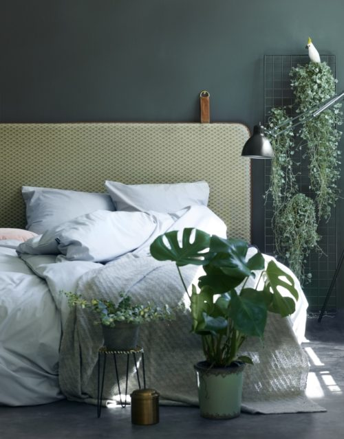 The M headboard - Green velvet
