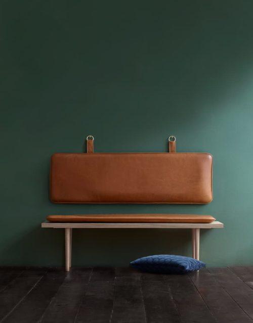 Pieces cushions cognac leather handles