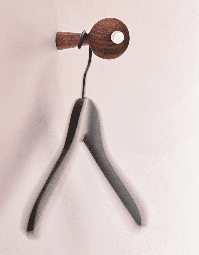 Les Fous Hangers
