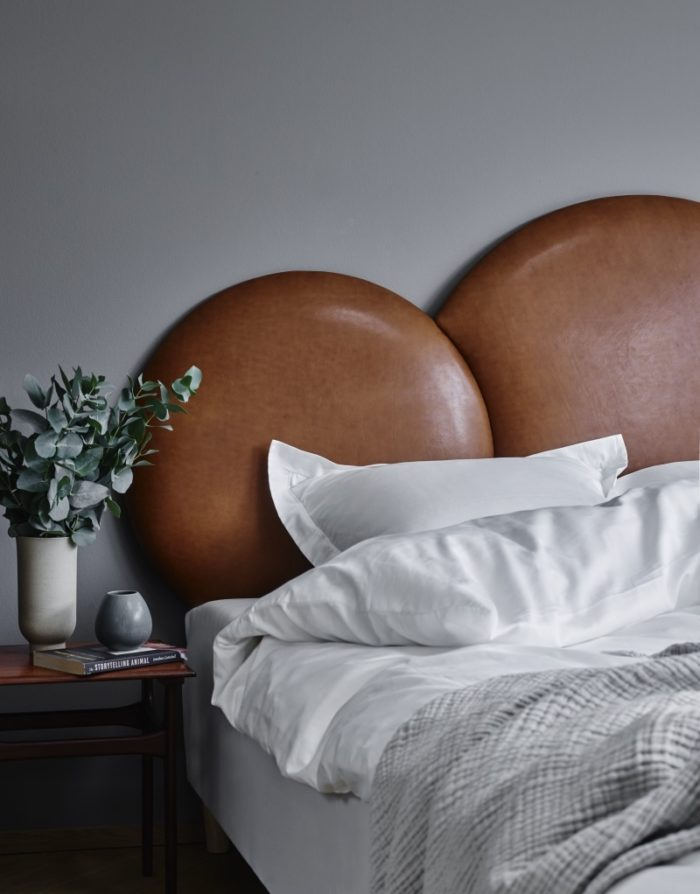 Cloud headboard - Cognac aniline leather